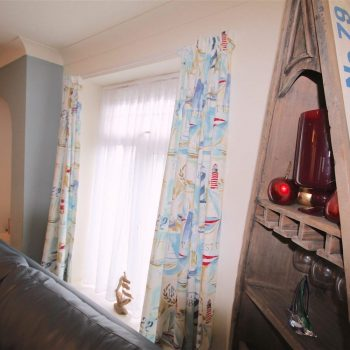 Lounge | 51 Atlantic Reach | 4 bedroom self-catering cottage in Newquay, Cornwall