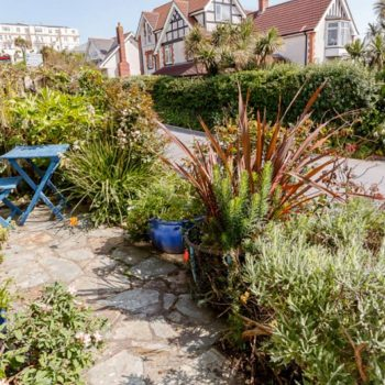 Fishermans small frontage garden