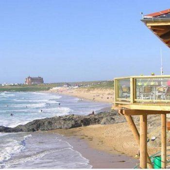Fistral Beach 10 minute stroll
