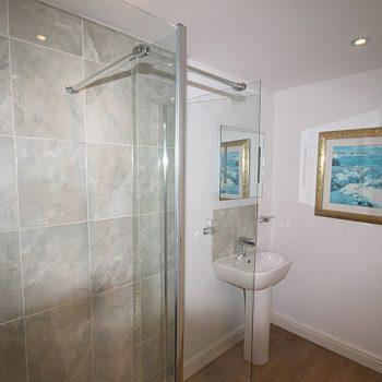 Bathroom with shower on ground floor
