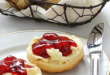 Enjoy a cream tea on the patio on Self catering holidays in Newquay