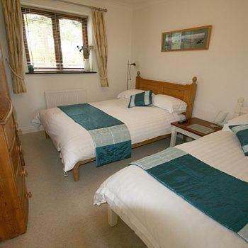 Quay House Twin bedroom 4
